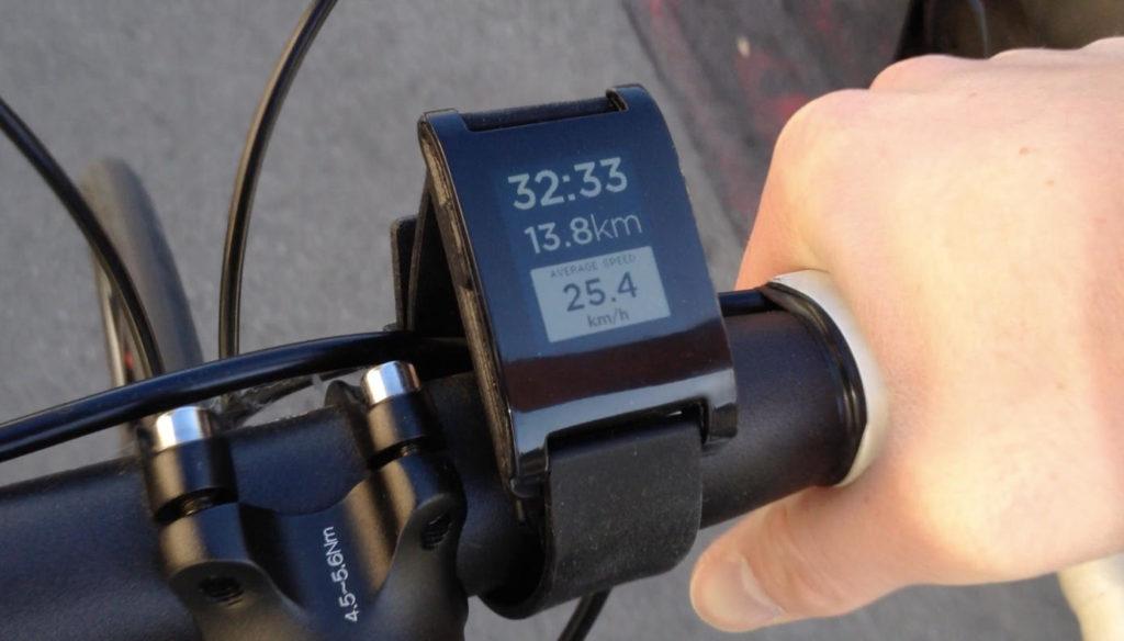 Smartwatch pada sepeda
