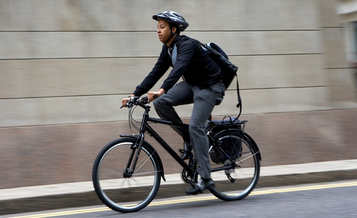 Ilustrasi Bersepeda ke kantor