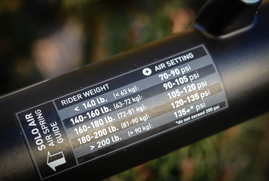 Rekomendasi tekanan pada spring udara sepeda