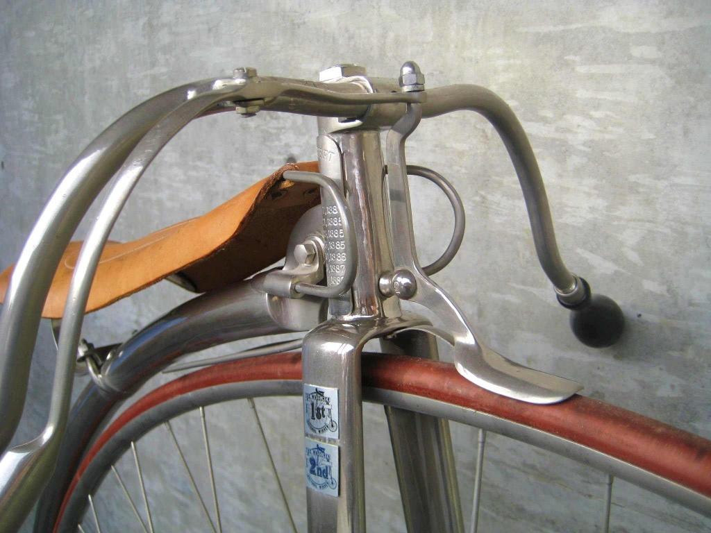 Sepeda dengan rem jenis Spoon brake