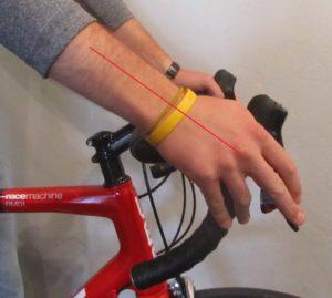 Penempatan jari pada rem sepeda