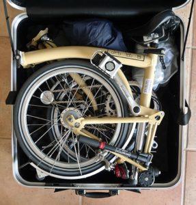 Brompton Standard M3L di dalam koper