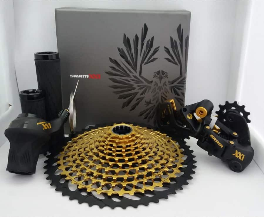 SRAM XX1 Eagle dengan finishing emas