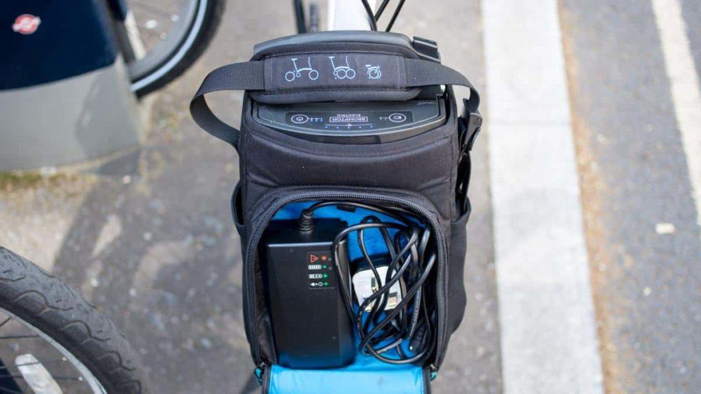 Kontrol pada tas sepeda lipat brompton