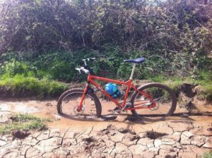 Pilih jalur sepeda yang aman