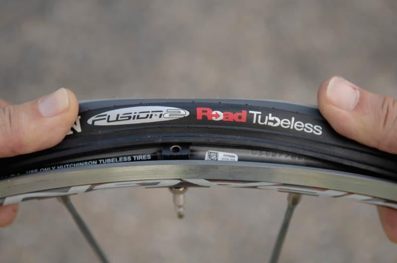 Bead lock pada ban untuk tubeless