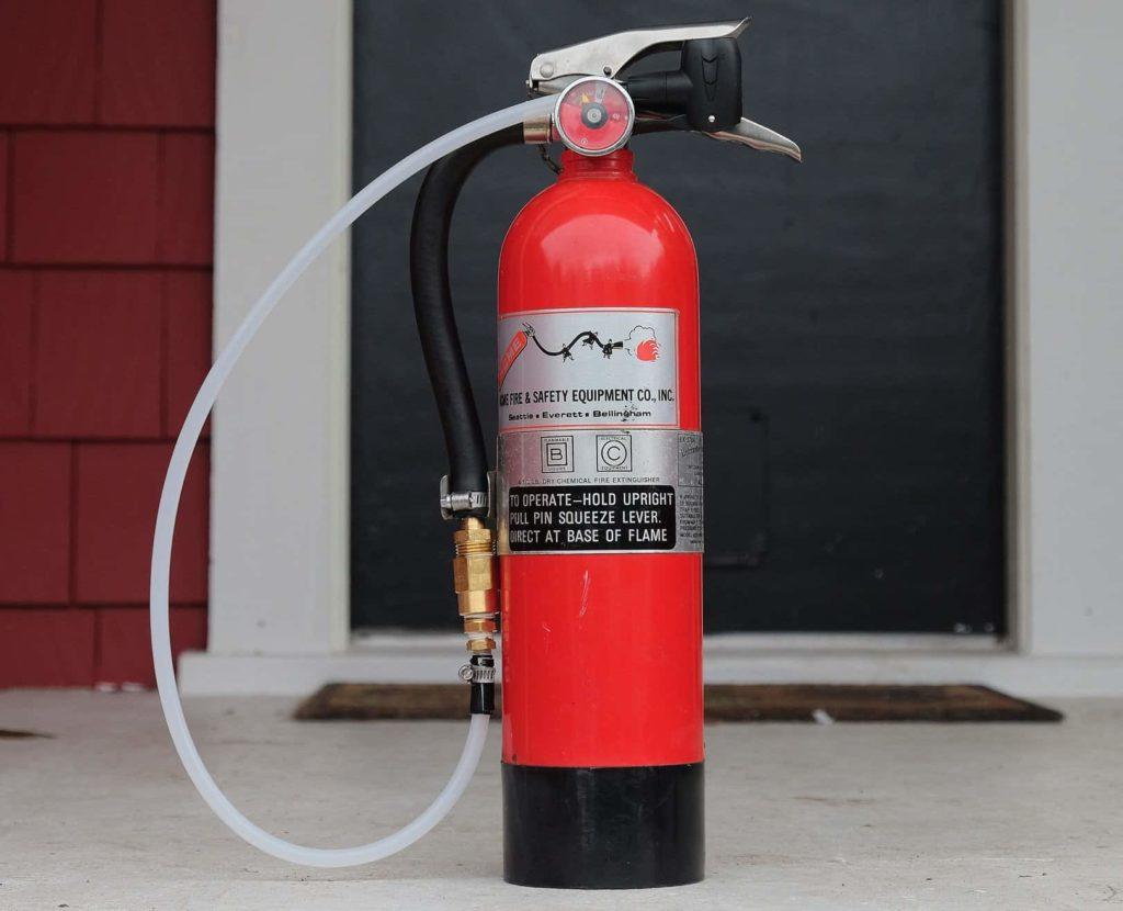 Tire bosster dari bekas fire extinguisher
