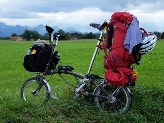 rak bawaaan barang - pannier sepeda lipat