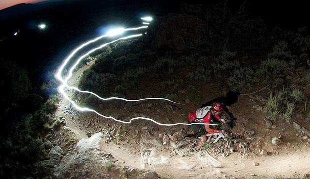 Tips bersepeda aman malam hari