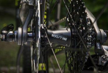 Sepeda dengan Hub Boost
