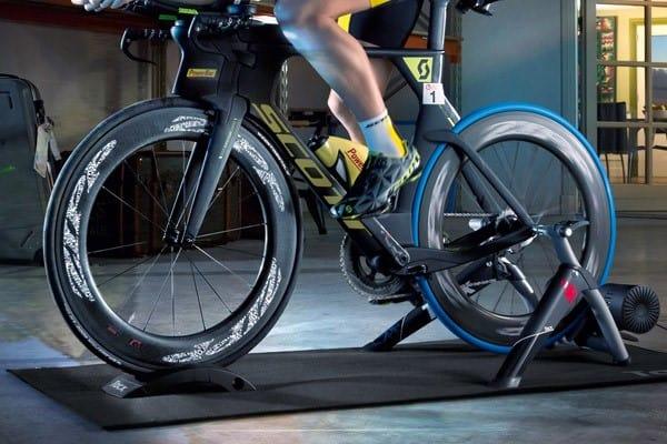 Turbo trainer Sepeda yang tidak perlu melepas roda