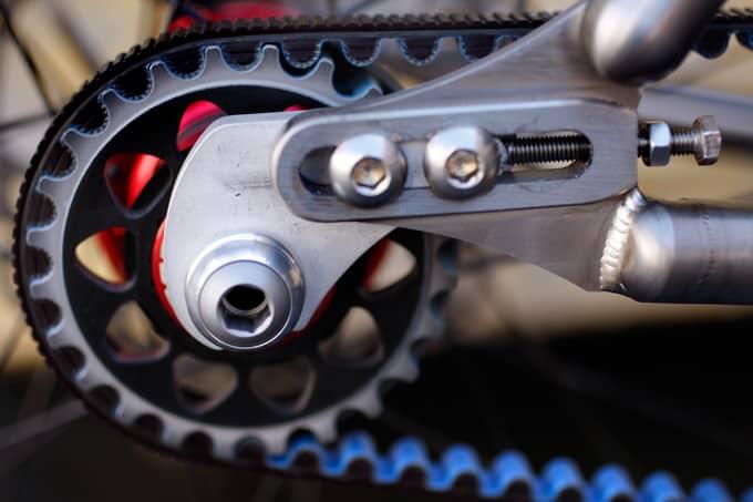 Drive belt untuk sepeda yang lebih senyap dan bersih