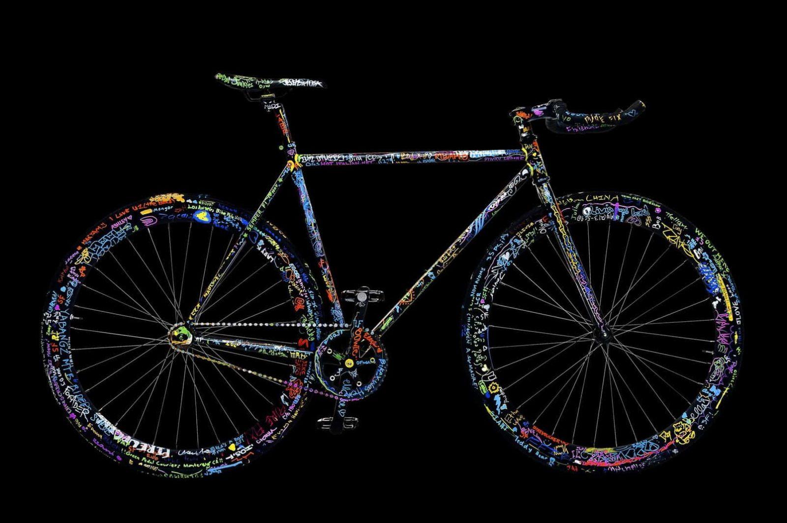 Kreativitas pewarnaan rangka Sepeda Fixie