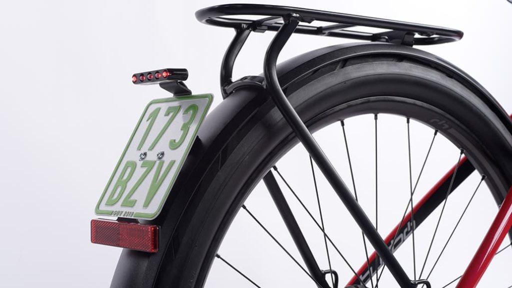 Pelat kendaraan untuk sepeda listrik