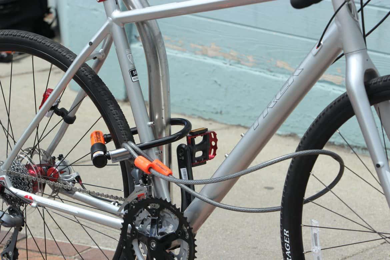 Posisi gembok yang aman pada sepeda